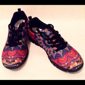 Shoes - Women's Cruise Resort Wear Tennis  Walking Shoes